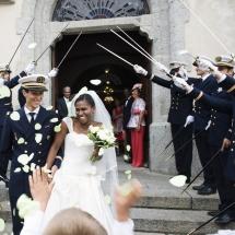 photographe mariage Chamonix sortie de l'église