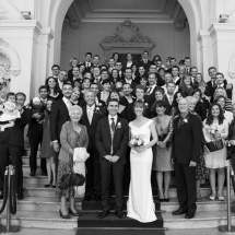 photographe mariage Paris photo de groupe à la mairie